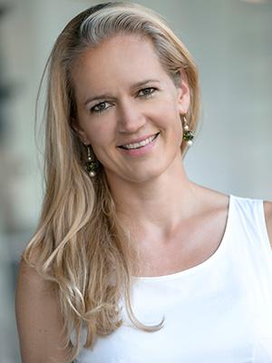Dr. Astrid Enzinger